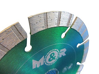 Diamant-Trennscheibe Ø 150 mm für Schlitzfräse / Mauernutfräse - 13 mm hohe Turbo-Segmente - Segmentansicht